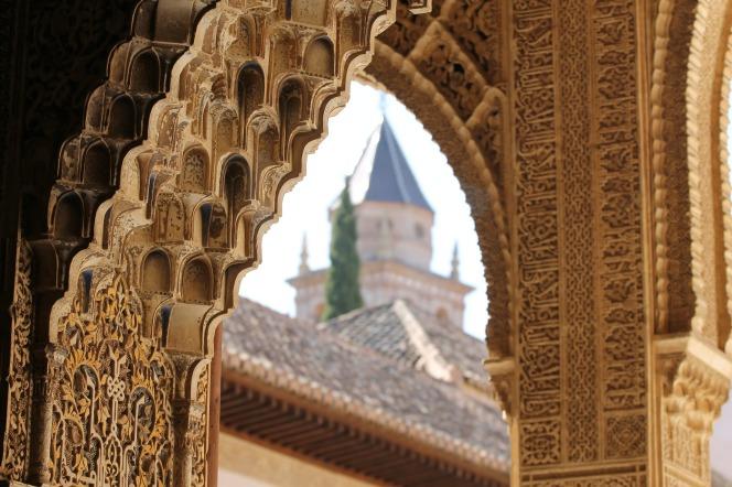alhambra-503207_1920.jpg