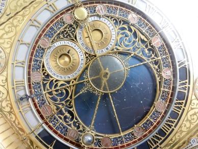 clock-2050857_1920